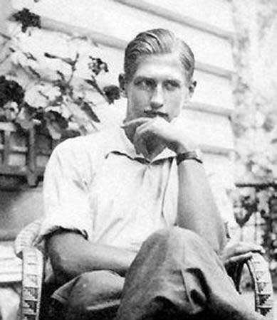 Krzysztof Kamil Baczynski Traditions Prose and Verse Poetry Online Online Writing  Death of a Poet   August 4, 1944