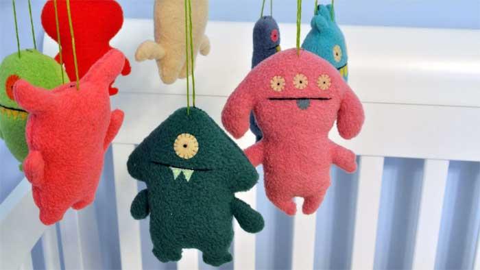 crib-hangers