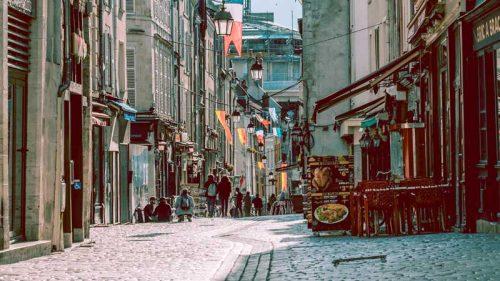 street-terrace