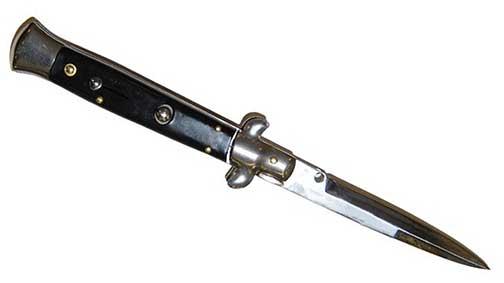 Magnano-switchblade