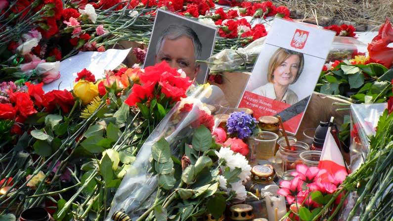 Juxtaposition, Juxtaposition on the Eve of Smoleńsk