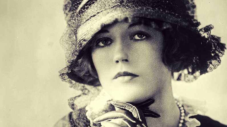 Meet Mrs. Depression - Marion Davies