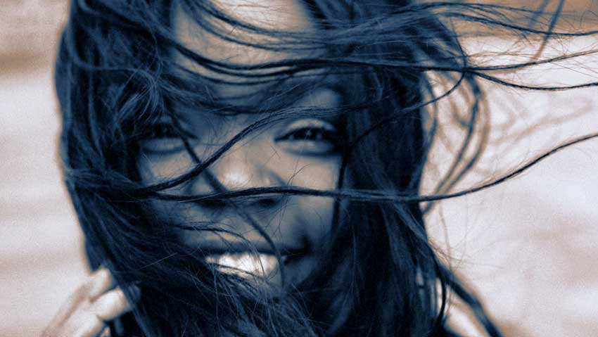 Protect Your Hair In Harsh Winter Weather